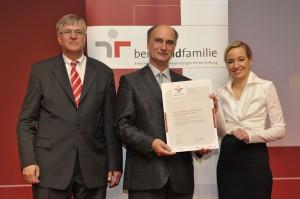 Petzer Hintze (Staatssekretär BMWI), Axel Schneider, Kristina Schröder (Ministerin BMFSFJ)