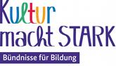 Logo kultur-macht-stark aus verschiedenen Schriftzeichen und -farben zusammen gestellt