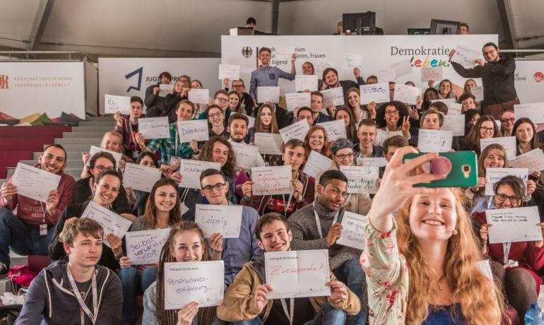»Frei_Raum nutzen« – Mit Kultureller Bildung Jugend ermöglichen!