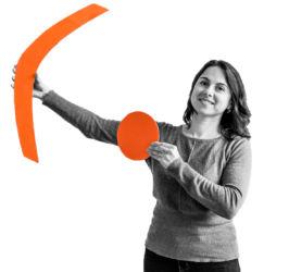 Foto von Dzhemile Umerova mit .lkj)-Logo