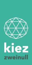Logo KIEZ 2.0 auf türkisem Hintergrund ist ein rundes Netzwerk aufgemalt, darunter steht kiez zweinull